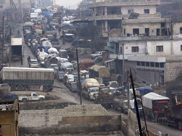 Le régime syrien reprend le dernier tronçon d'une autoroute cruciale dans le Nord-Ouest