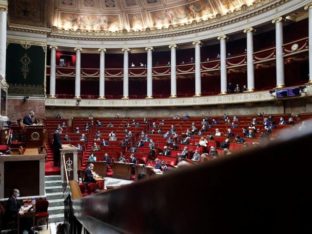 """France: La loi """"sécurité globale"""" définitivement adoptée"""