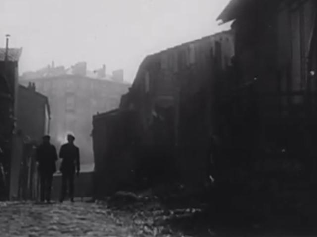 """De """"La Zone"""" aux """"Misérables"""" : une histoire de la banlieue parisienne dans le cinéma français (1/2)"""