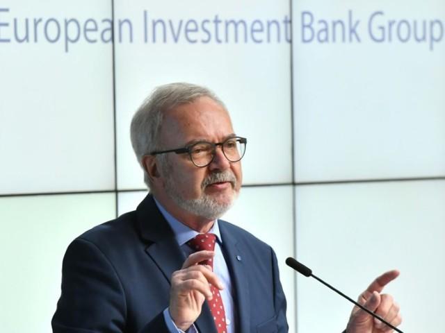 """Climat: la BEI renonce à financer les énergies fossiles, une décision """"historique"""""""
