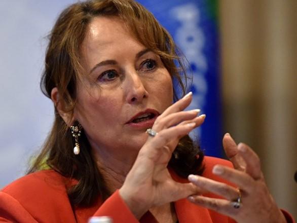 Une enquête ouverte contre Ségolène Royal sur ses activités en tant qu'ambassadrice des pôles