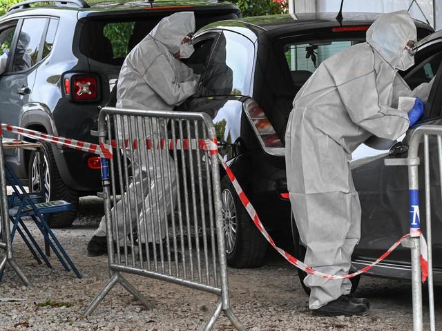 Virus: l'Europe durcit ses restrictions, mesures attendues en France