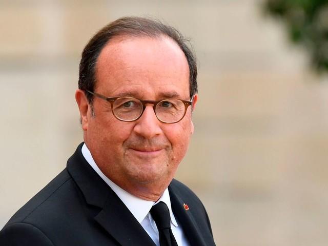 François Hollande veut bien changer le nom du PS mais pas trop