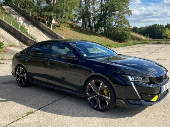 La gendarmerie va-t-elle s'offrir la plus puissante des Peugeot ?