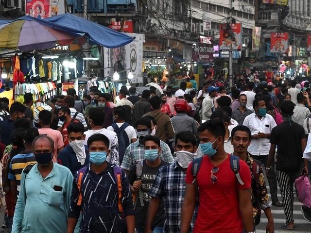 Virus, quel virus ? l'Inde a repris le travail