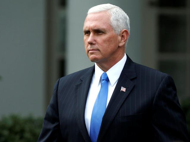 Enquête russe: après l'inculpation de Michael Flynn, les projecteurs se rapprochent du vice-président Mike Pence