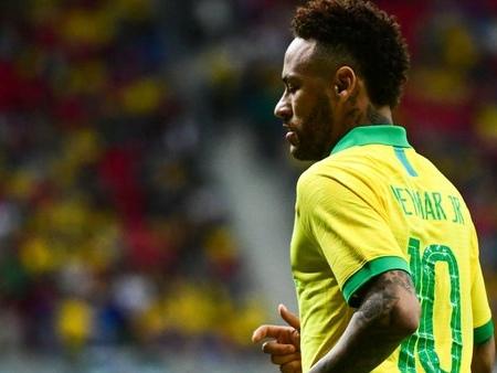 Mercato - PSG : Cette légende brésilienne qui envoie Neymar au FC Barcelone !