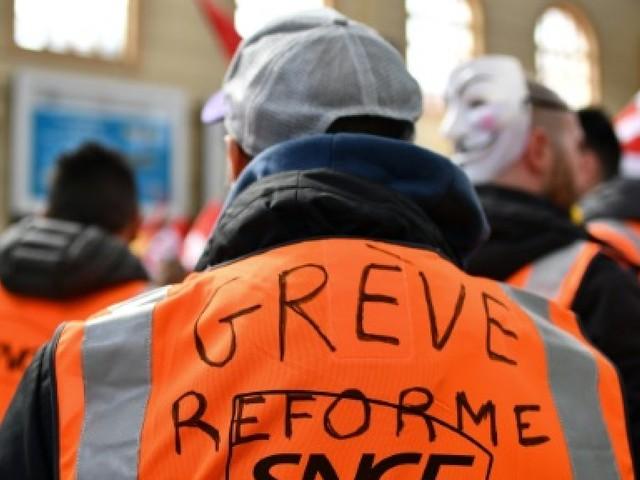 SNCF: reprise du trafic, la dette au menu des concertations
