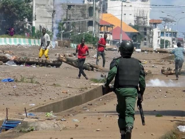 En Guinée, le bilan des violences post-électorales s'alourdit et la médiation piétine