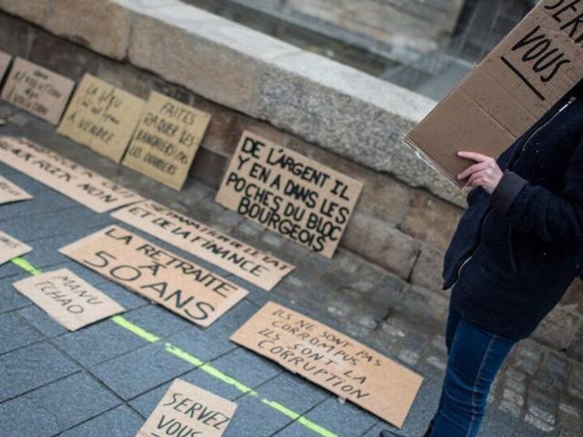 """Retraites: Des députés de la majorité veulent faire payer """"les riches"""" pour éviter l'âge pivot"""