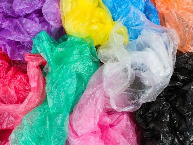 Au Kenya, l'interdiction des sacs plastiques a-t-elle porté ses fruits?