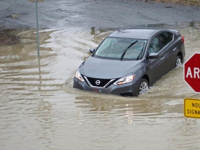 Les véhicules inondés sont «irrécupérables», rappelle la SAAQ