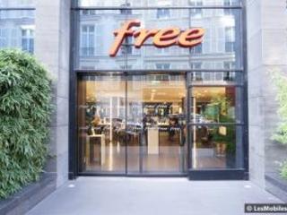 Free séduit moins d'abonnés mobile, perd des clients Freebox et chute en Bourse