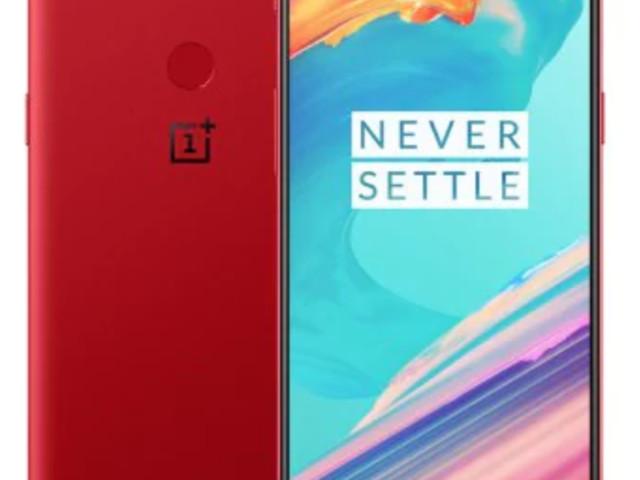 [Bon Plan] Le OnePlus 5T version rouge en 128/8Go est à 473€ !