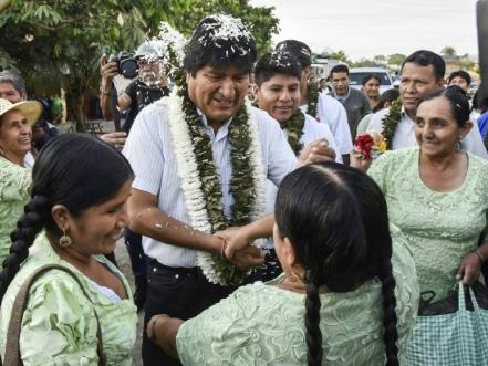 Elections en Bolivie: Morales sous pression, l'opposition craint des fraudes