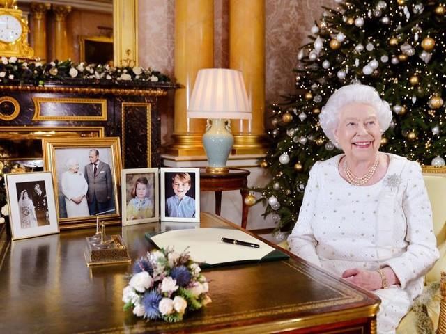 Noël: l'hommage d'Elisabeth II aux victimes du terrorisme au Royaume-Uni