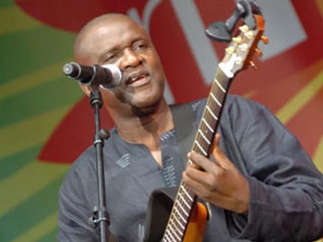 [Reportage] Ismaël Lo à Dakar: un concert «comme à la maison»