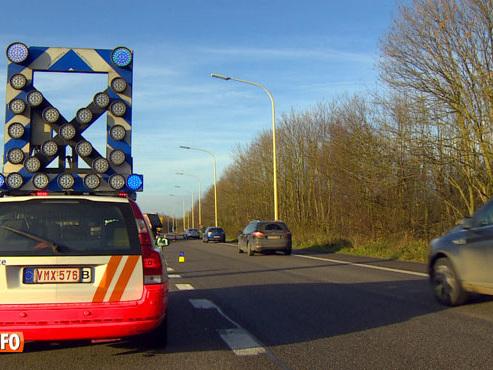 On ne survit qu'entre 15 et 20 minutes sur la bande d'arrêt d'urgence: voici quelques conseils si votre voiture tombe en panne