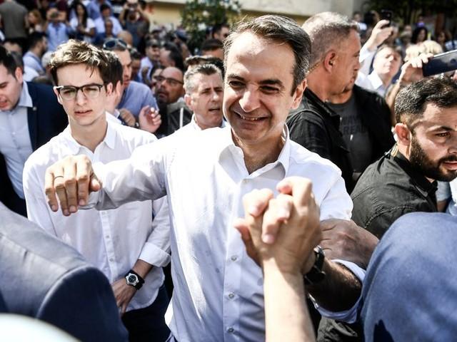 Virage à droite en Grèce / Face aux catastrophes naturelles : sommes-nous prêt·e·s ?