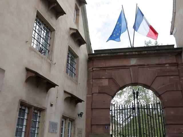 «Etre énarque donne une certaine indépendance vis-à-vis des ministres»