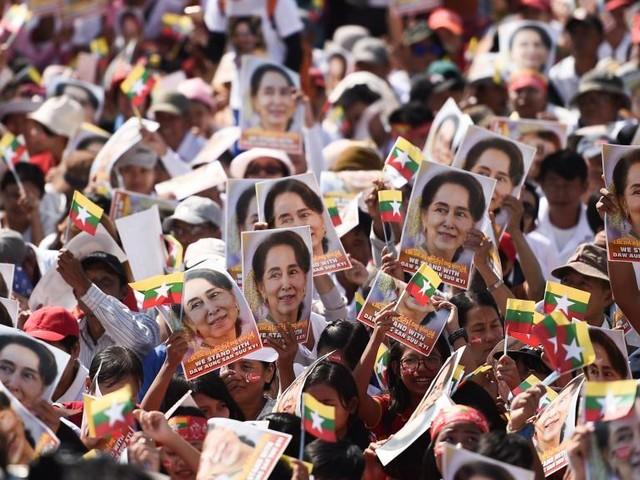 «Génocide» des Rohingyas: Aung San Suu Kyi défend la Birmanie devant la CIJ