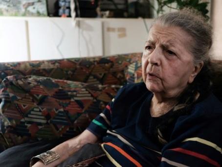 """""""On a pris les armes de la douleur"""": Madeleine Riffaud raconte la Libération"""