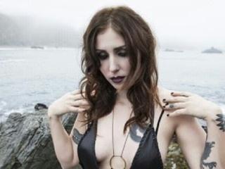 Chelsea Wolfe : nouveau titre dévoilé, Vex (feat. Aaron Turmer)