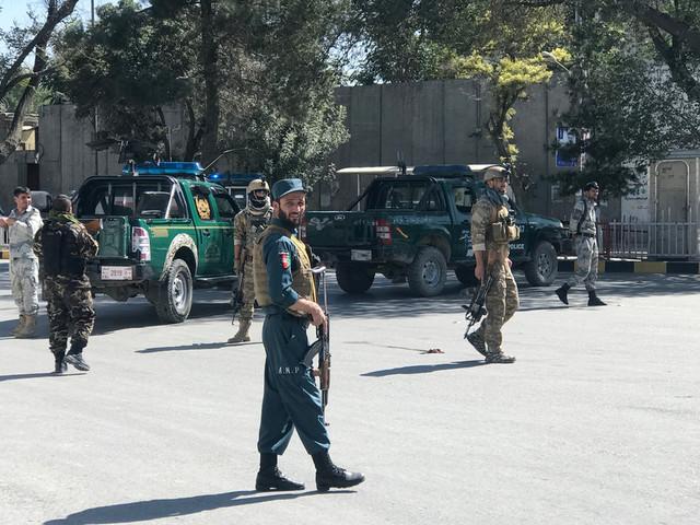Afghanistan: attentat pendant une réunion du président Ghani, au moins 24 morts