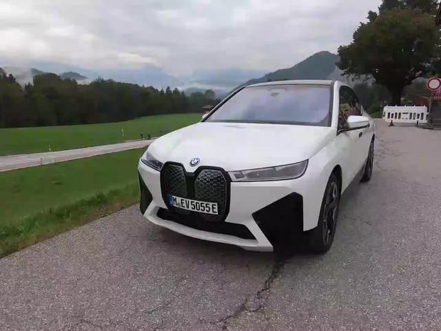 VIDEO - Premier contact avec le BMW iX (2021)