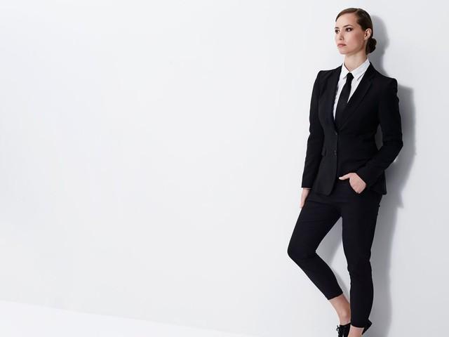 Comment le pantalon a été un outil de pouvoir pour les femmes