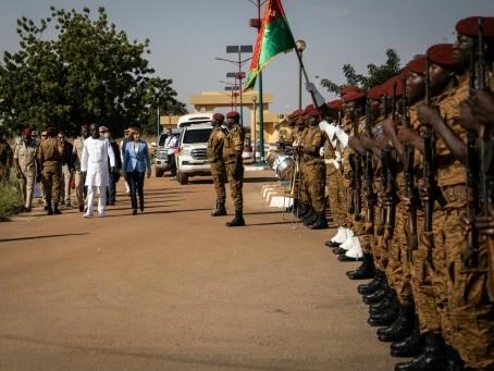 La ministre française des Armées prône la patience au Sahel face aux jihadistes