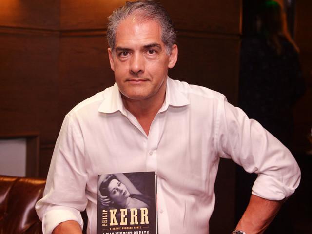 """Mort de l'écrivain Philip Kerr, père des romans policiers """"Bernie Gunther"""""""
