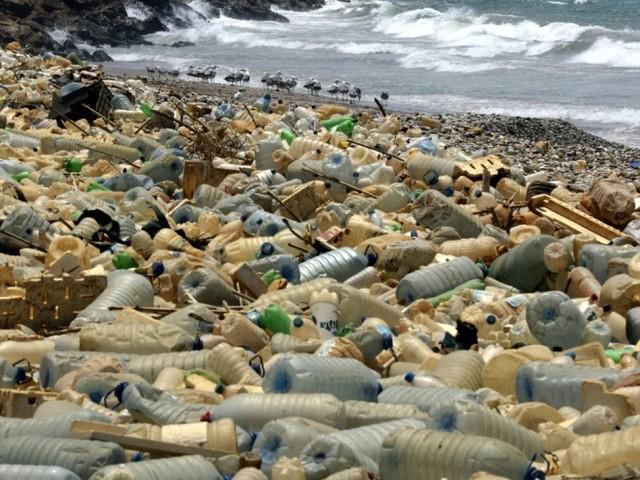 L'ONU veut intensifier la lutte contre la pollution plastique