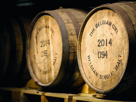 Dans les coulisses du producteur de whisky liégeois The Belgian Owl