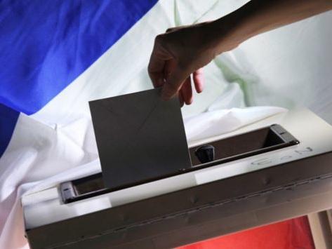 Municipales à Paris: les dernières têtes de listes LR investies, vers des duels à droite dans les 15e et 16e