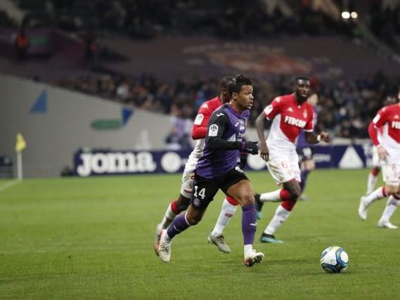 Foot - L1 - Toulouse - Toulouse privé de Max-Alain Gradel et de Nicolas Isimat-Mirin face à Reims
