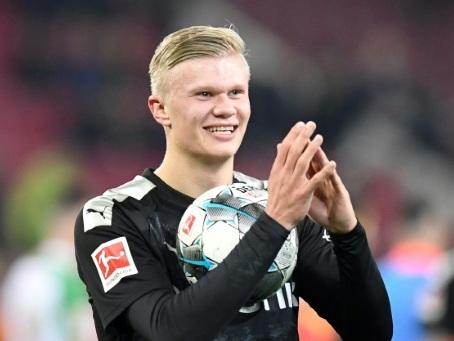Allemagne: débuts renversants avec Dortmund pour Haaland, auteur d'un triplé