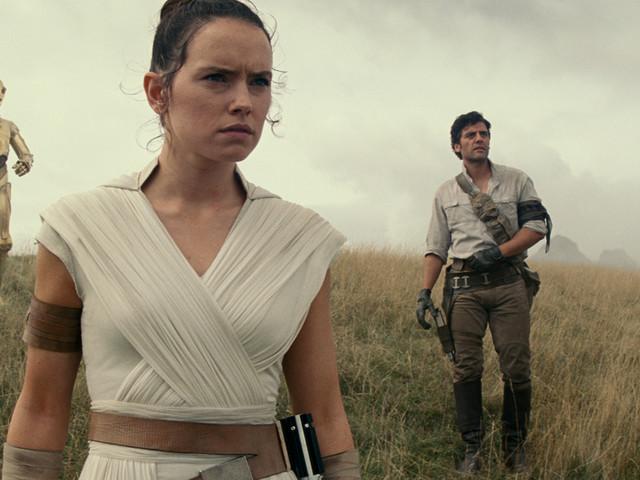 Star Wars IX : J.J Abrams promet des détails sur les parents de Rey