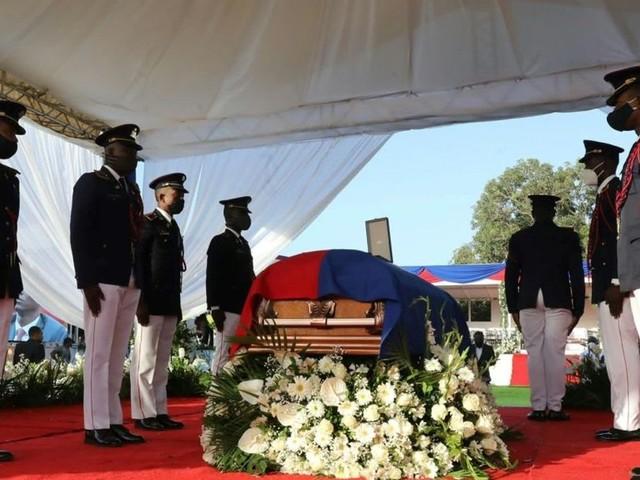 En Haïti, dernier hommage sous haute sécurité au président assassiné Jovenel Moïse