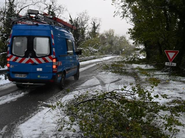 """Neige : Enedis en Drôme-Ardèche """"ne peut pas s'engager"""" sur un délai de retour du courant"""