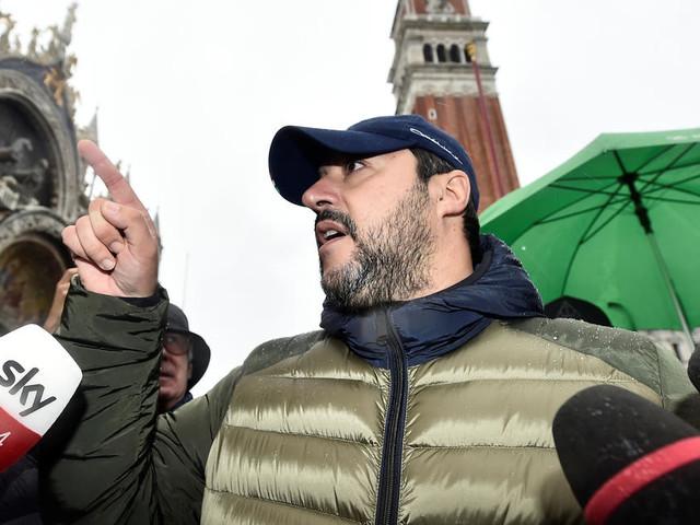 En Italie, des sardines se liguent contre Salvini
