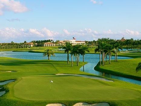 Donald Trump renonce à accueillir le G7 dans son golf en Floride