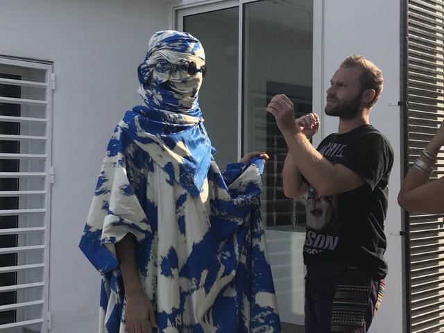 """""""UNCANNY"""": L'exposition tunisienne qui examine """"l'étrange"""""""