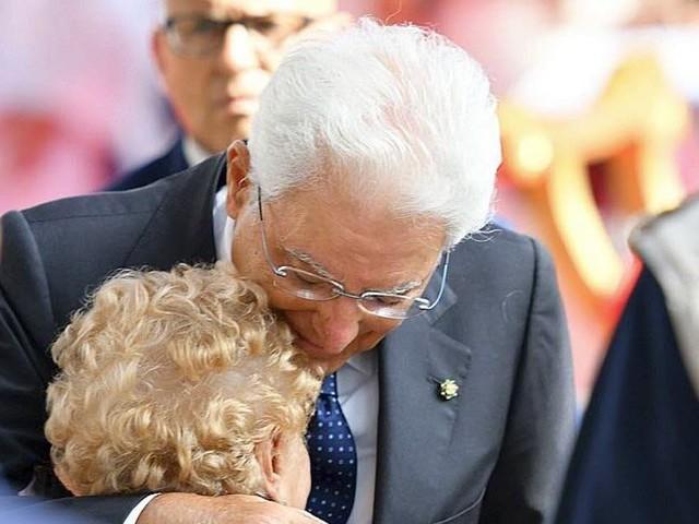 Un an après, l'Italie commémore l'écroulement du pont de Gênes