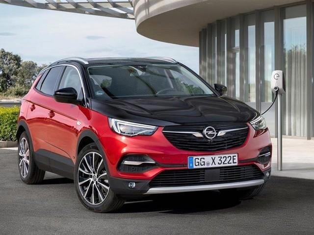 Opel Grandland X Hybrid4 : l'hybride rechargeable pour début 2020