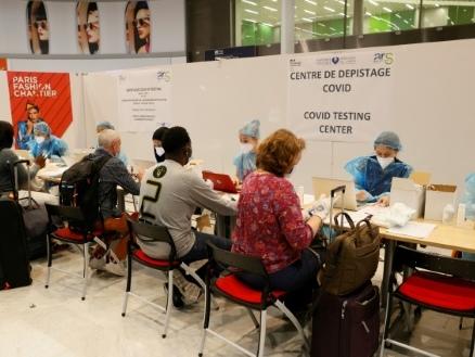 Coronavirus: 556 passagers venant des pays à risque testés dans les aéroports parisiens