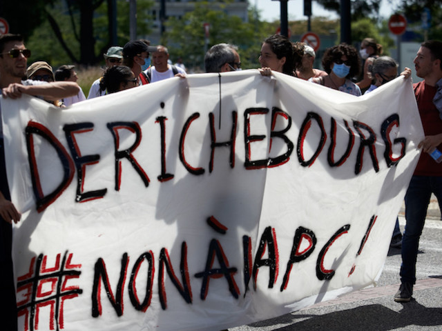 """Accord de performance collective : le sentiment de """"trahison"""" des salariés de Derichebourg"""