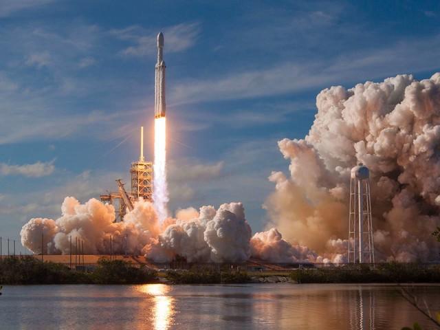 Falcon Heavy : 24 satellites à lancer sur trois orbites différentes !