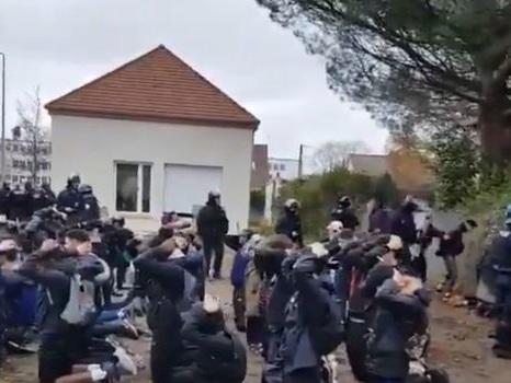 Une vidéo d'interpellation de lycéens suscite l'indignation