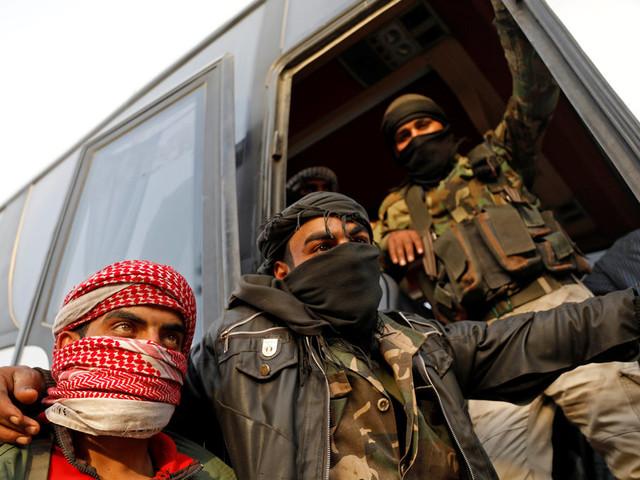 Syrie: des rebelles évacuent, le régime en passe de reprendre toute la Ghouta orientale